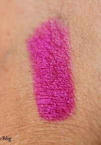Show Orchid MAC Swatch